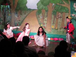 10/09 - A Floresta Mágica - Escolas Municipais