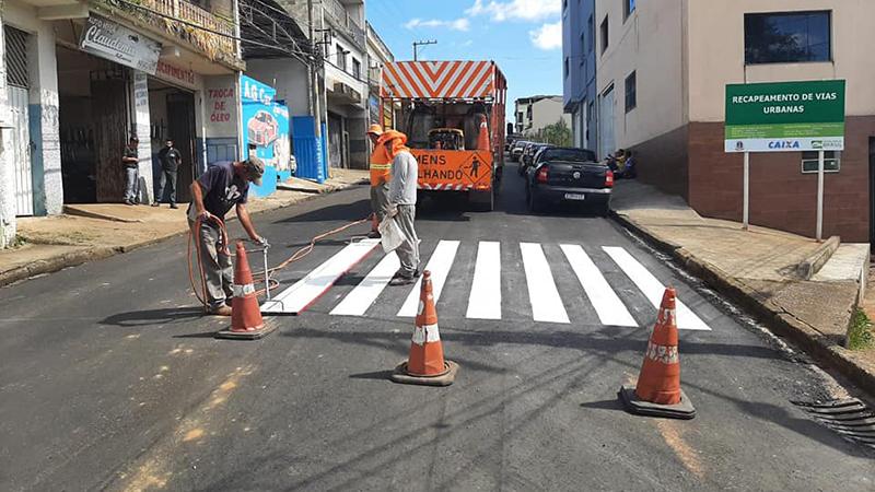 Calçamento de ruas no bairro São Judas Tadeu